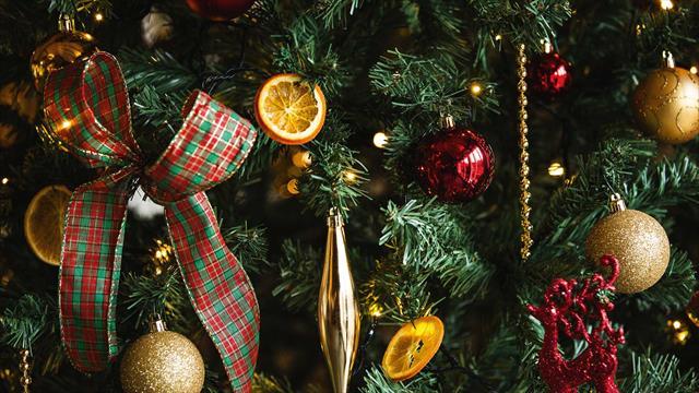 Food Open On Christmas Eve Near Me.Uk Christmas Breaks Christmas Hotel Breaks Warner