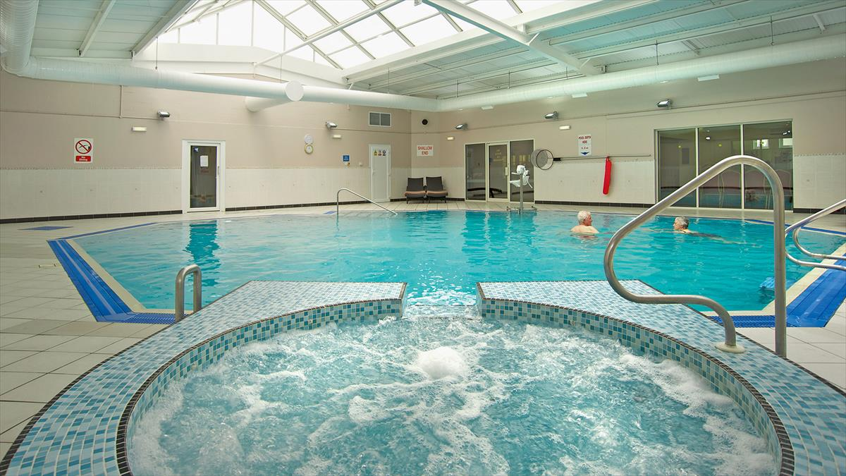 Bodelwyddan castle hotel in north wales warner leisure hotels for North wales hotels with swimming pools